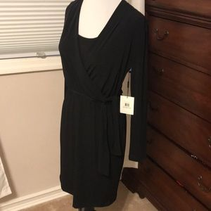 NWT Calvin Klein Side tie dress Stretchy material